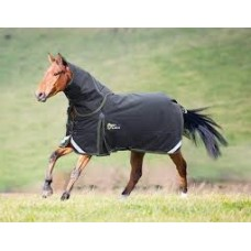 Shires StormCheeta 300 Turnout rug and Neck set
